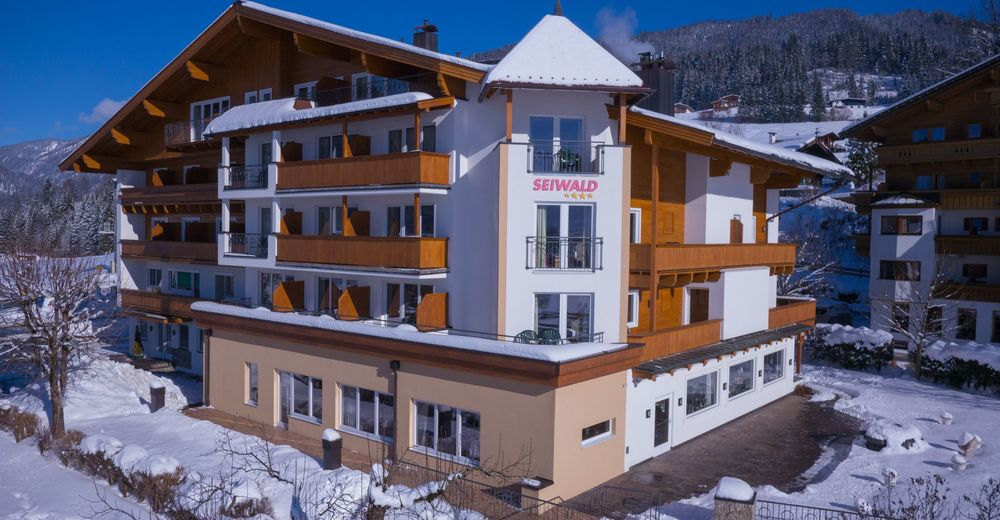 Koasanacht - Dorfplatz 4, 6382 Kirchdorf In Tirol, Tirol, Austria