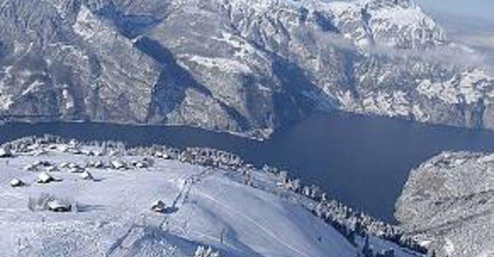 Planul pistelor Zonă de schi Eggberge / Flüelen