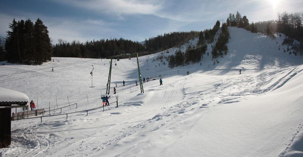 Plán sjezdovky Lyžařská oblast Göllerlifte / Kernhof - Gscheid