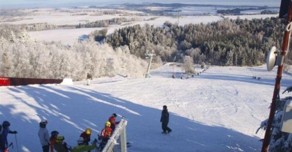Planul pistelor Zonă de schi Velké Meziříčí - Fajtův kopec